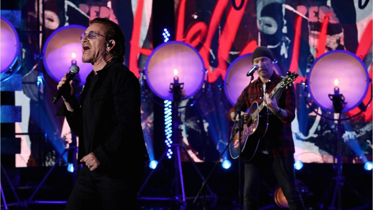 Bono & The Edge Perform an Acoustic Version of 'Vertigo'